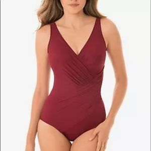 Miraclesuit Pompei Red Oceanus One Piece Swimsuit